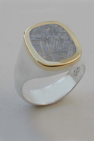 Gibeon Meteorite Ring in 18kt Yellow Gold