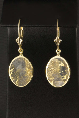 Gold in Quartz Oval Earrings in 18kt Gold