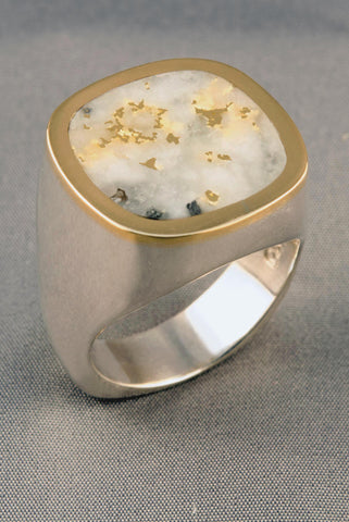 Large Gold in Quartz Ring