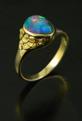 Opal & Natural Gold Nugget 18kt Yellow Gold Ring