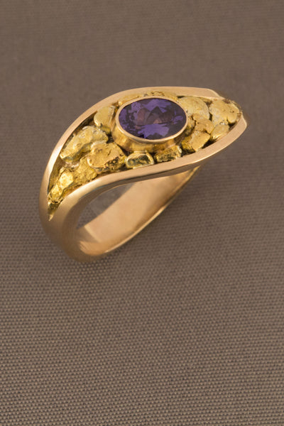 Colour Change Sapphire and Nugget Ring