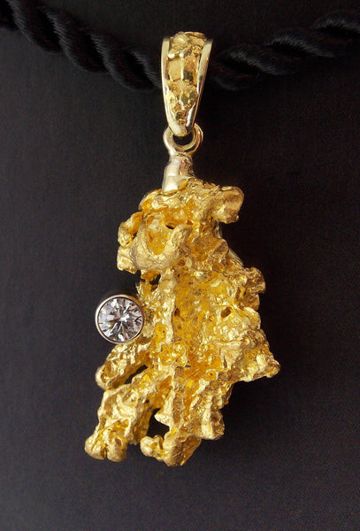 Crystalline Gold Nugget set with Diamond