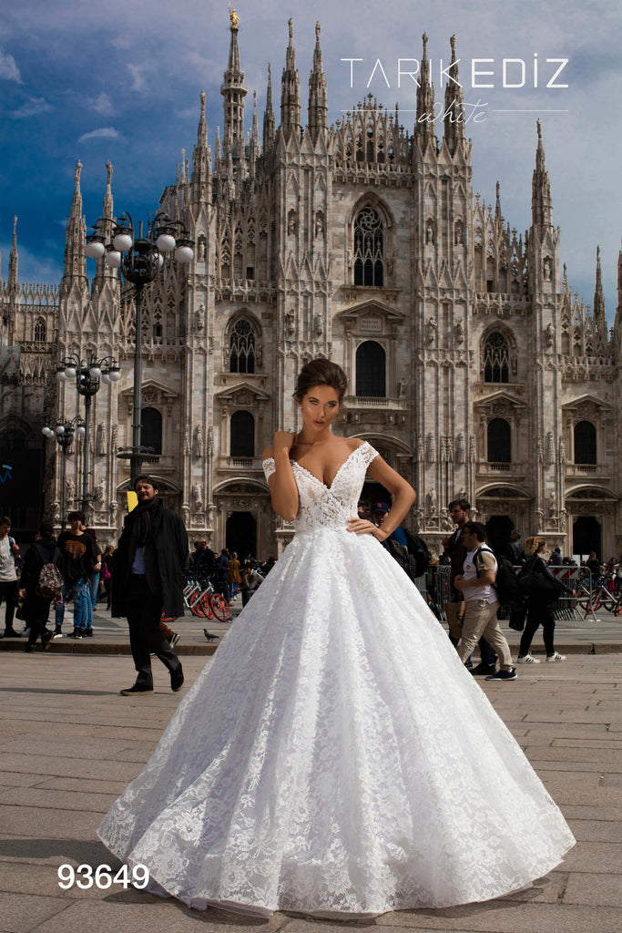Tarik Ediz 93649 Wedding Dress