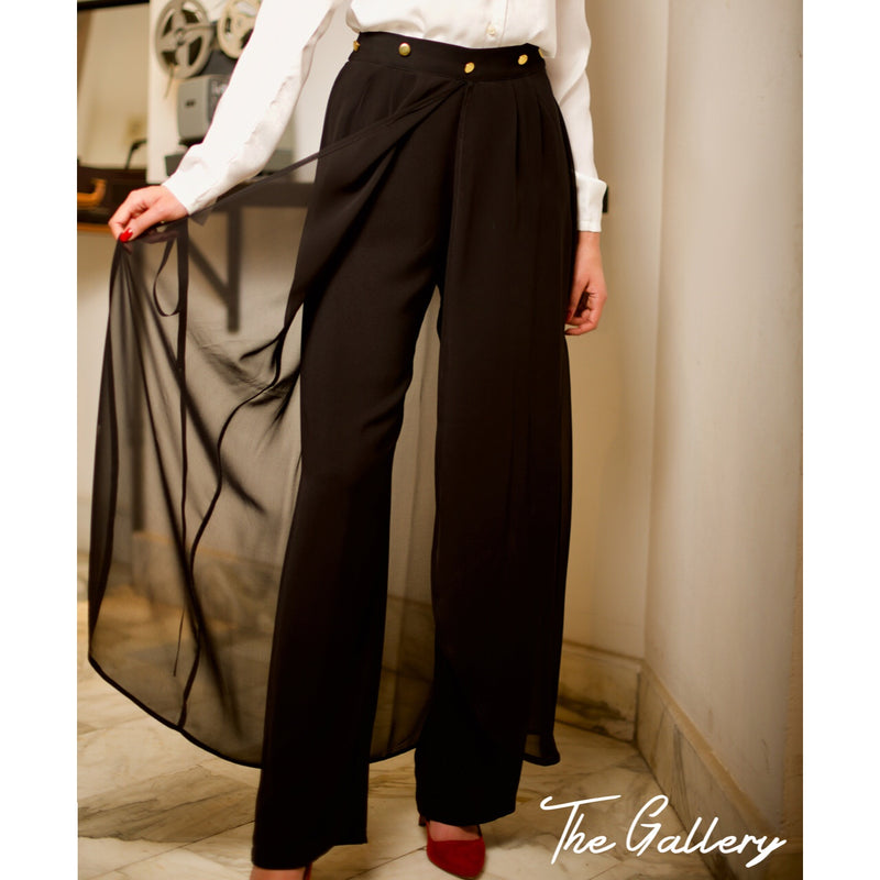 Black crepe trousers