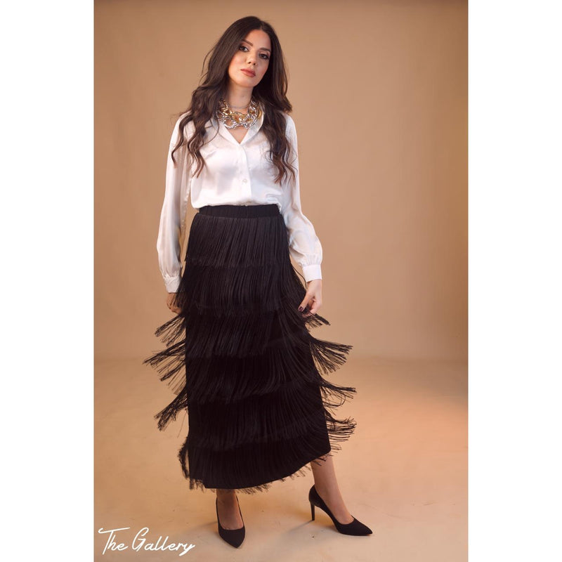 Long tassel black skirt