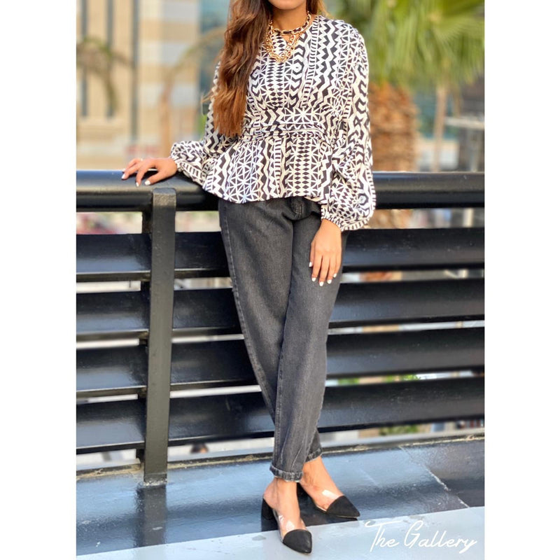 Black&white printed blouse