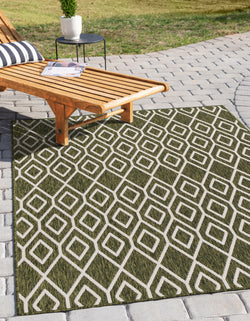 turks & caicos green geometrical outdoor rug