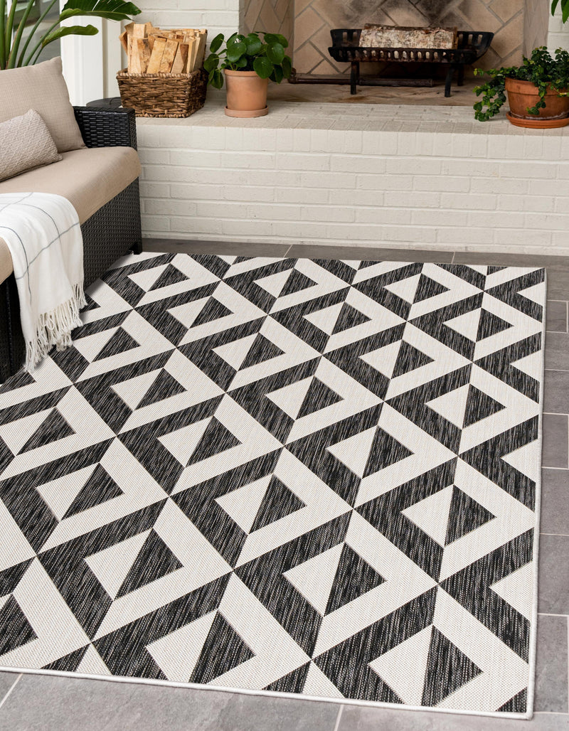 napa charcoal grey geometrical outdoor rug