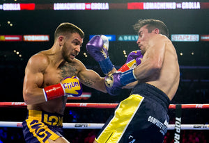 [FIGHT-VIDEO] Vasyl Lomachenko knockar Anthony Crolla och vinner WBA & WBO bältet