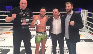 【FIGHT VIDEO】 Se Robin Van Roosmalens MMA debut