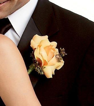 Peach Waterfall™ Boutonniere