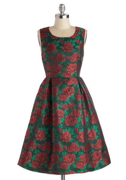 Red Rose Dress, by Pink Martini