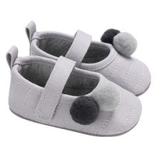 Load image into Gallery viewer, Newborn Baby Bow Sneakers - Cotton