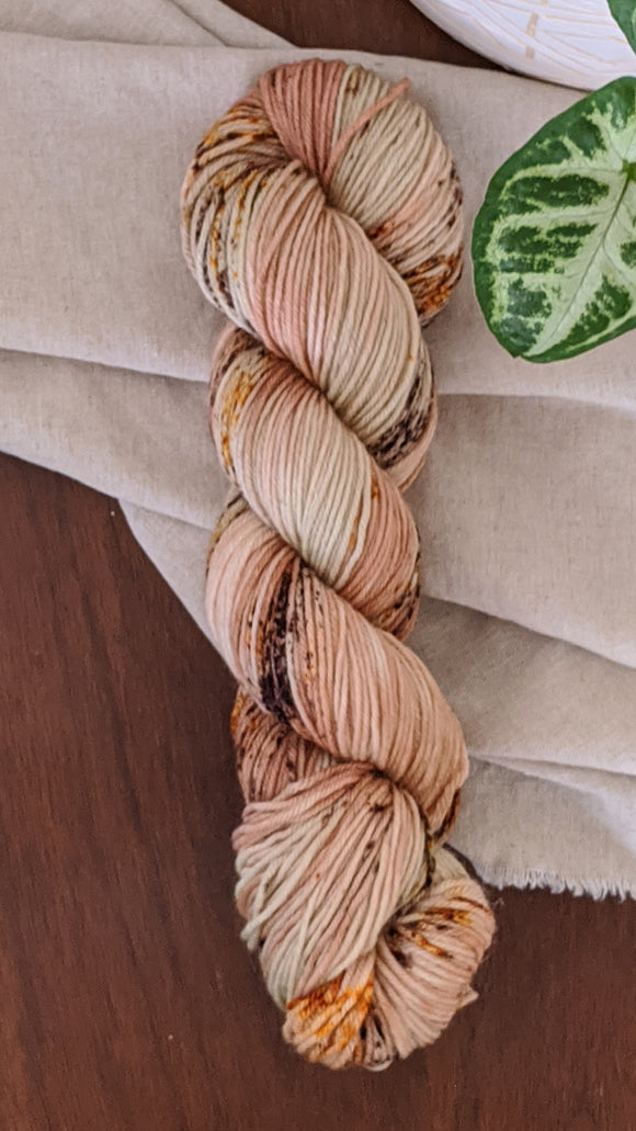 Sage and Nutmeg - Strong 75 DK - Sale
