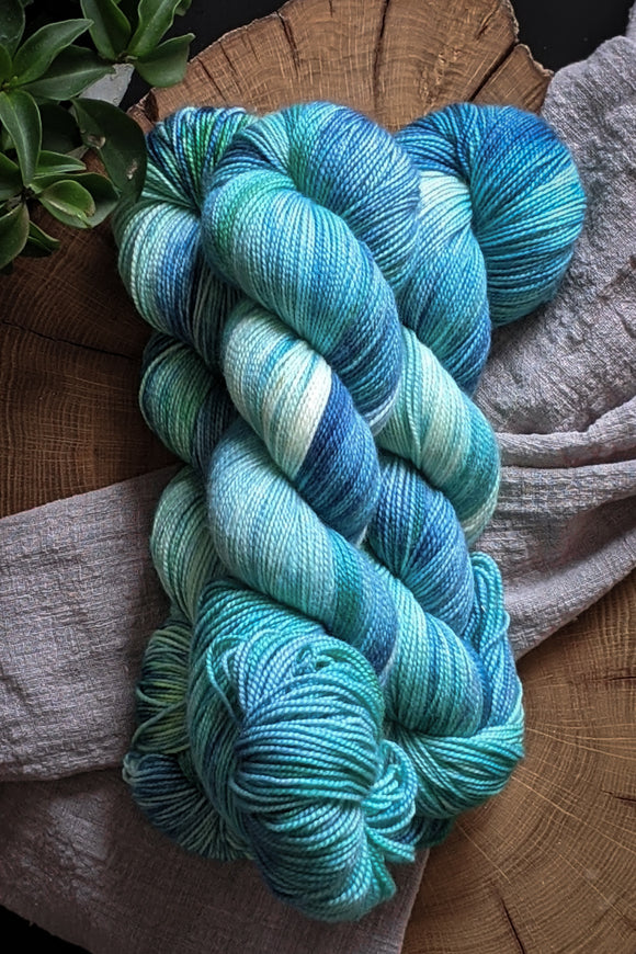 Algae - Vibrant 80/20 - Fingering Weight - Sale
