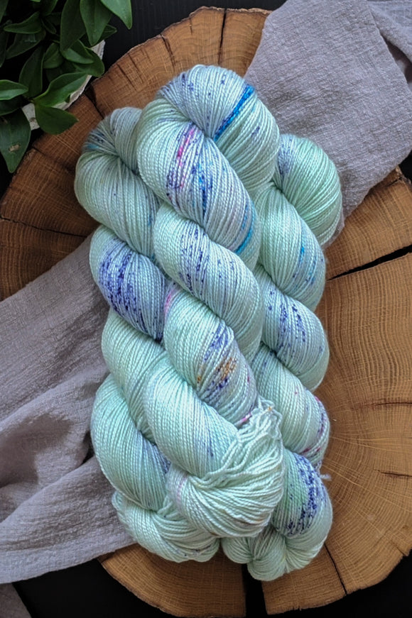Wedding Mint - Vibrant 80/20 - Fingering Weight