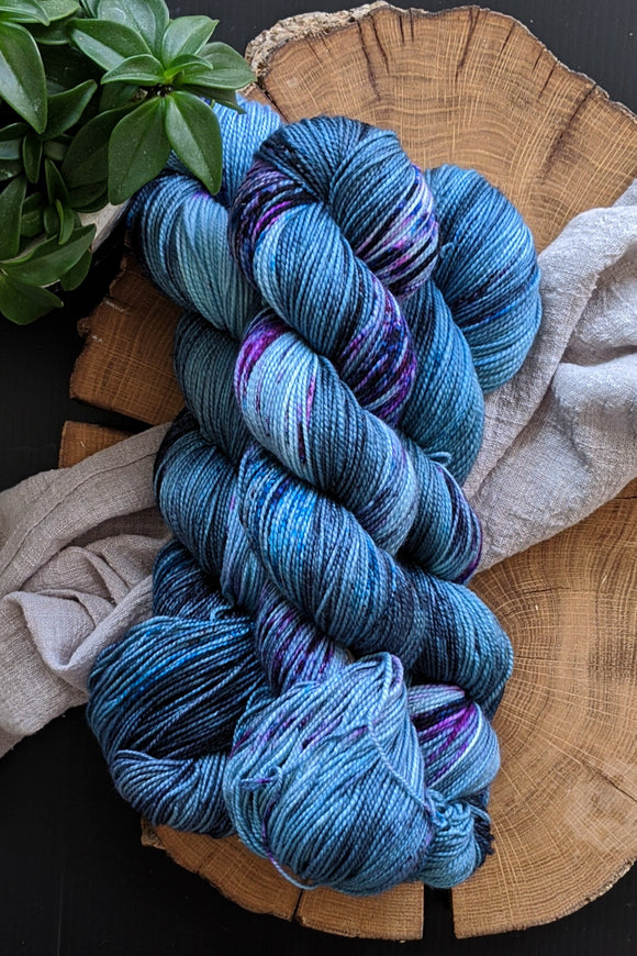 Midnight Hotel - Vibrant 80/20 - Fingering Weight