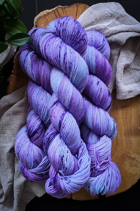 Italian Plum - Vibrant 80/20 - Fingering Weight