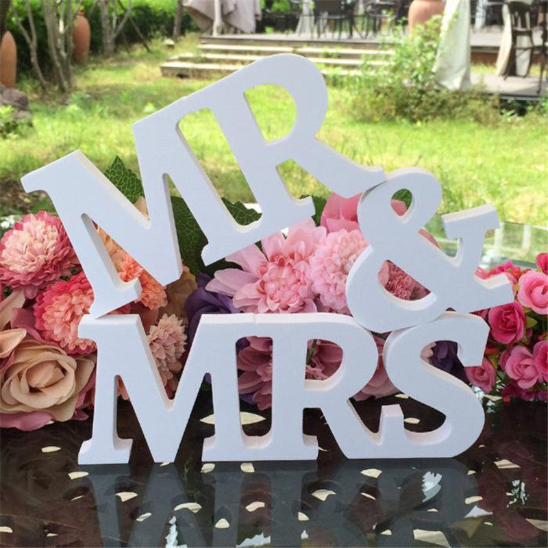 1 Set Wedding Decoration Romantic Mr & Mrs Letters White PVC Table Decoration