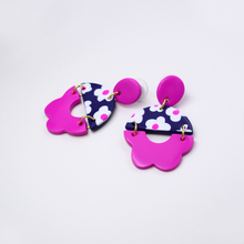 Load image into Gallery viewer, Polymer clay drop dangle earrings with daisy floral motif and flower shape pattern in pink purple fuchsia color.