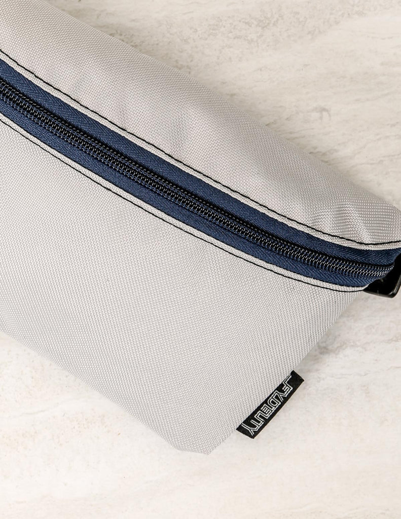 83283: Ultra-Slim Fanny Pack: GAME DAY Grey & Blue
