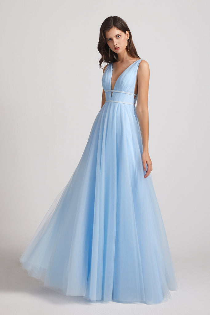 blue straps tulle dresses for bridesmaids