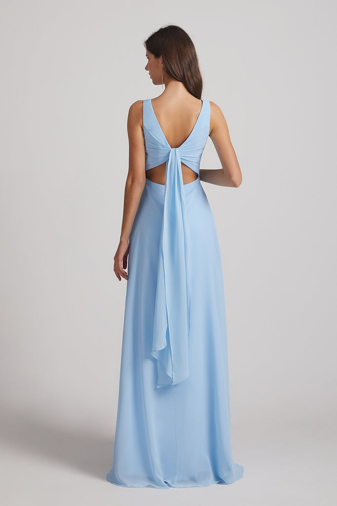 sleeveless lace-up gowns
