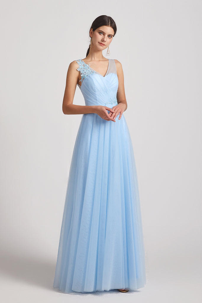 v-neck tulle sleeveless maids of honor dresses