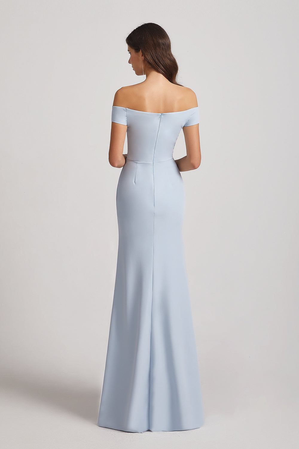 off-shoulder trumpet bridesmaid dress