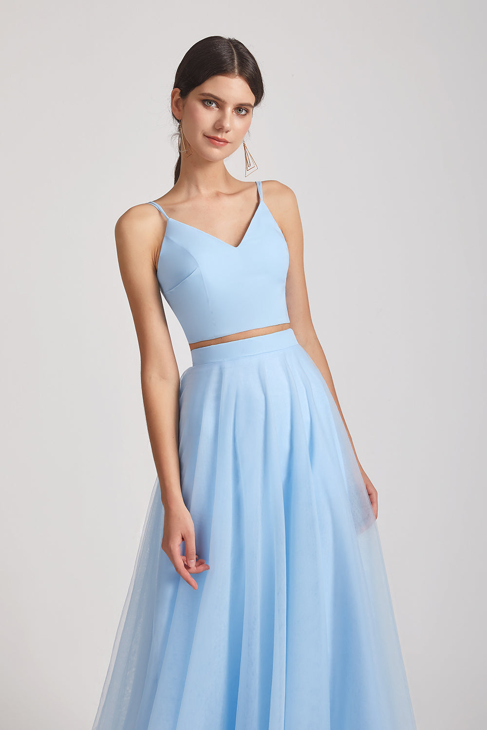 v-neck a-line tulle bridesmaid gowns
