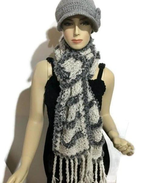 THE SHADES OF GRAY SCARF, knitted light gray alpaca yarn, gray polyester faux fur, handmade wrap, Andrea designs handmade scarf, gift for her, for winter, must-have
