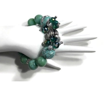 The green mint cluster stretch bracelet, woman's size, holiday gift, give handmade, for her