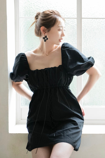 puff-Shoulder mini Dress【white/black】