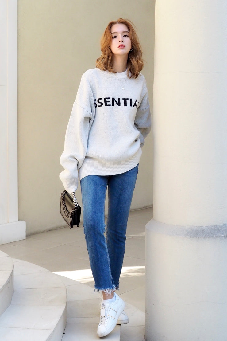 SSENTIAL logo knit sweater【white/gray】