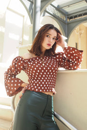 Polka-dot patterned top【black/brown】
