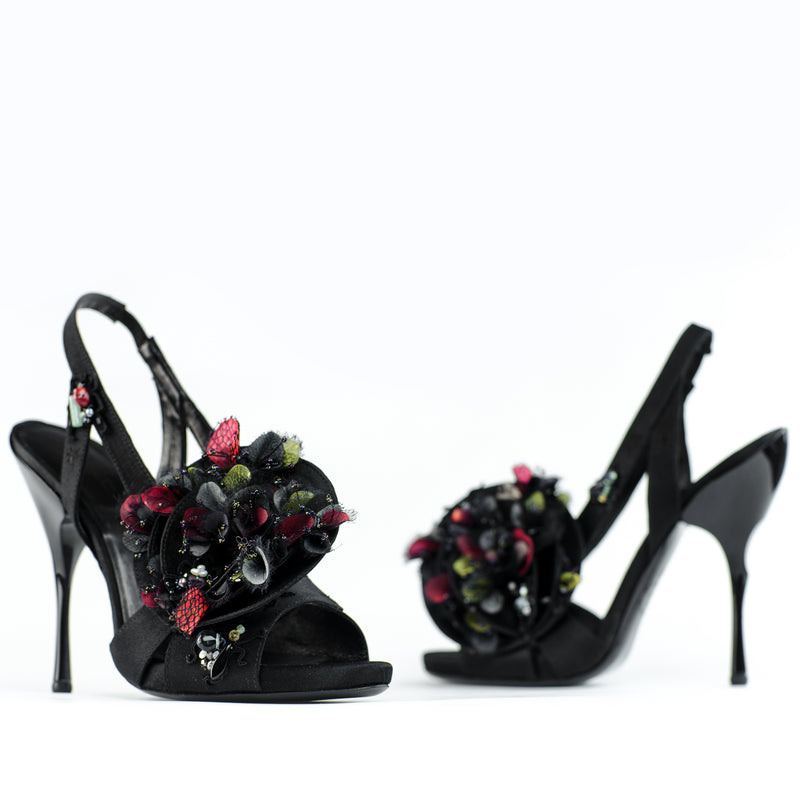 Flowers for your feet, couture shoe by Georgina Goodman with hand made semi precious stone and petals
