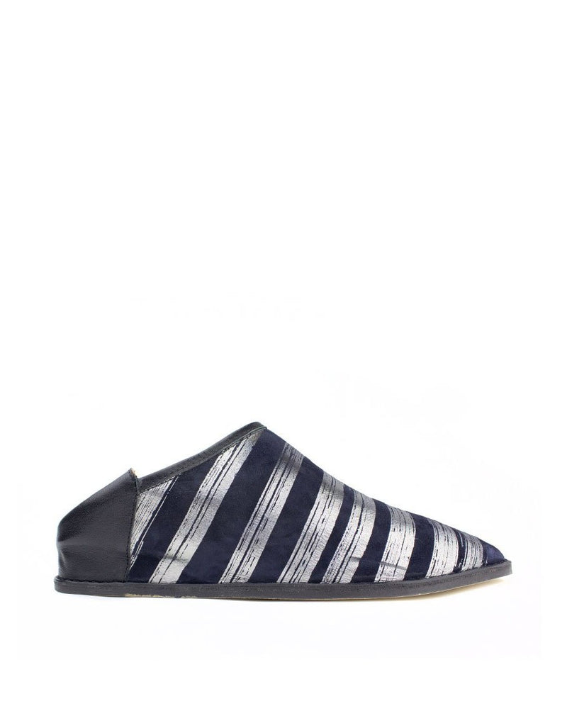 A stripey slip on slipper shoe by designer Georgina Goodman, made in Portugal. This is a pair of discounted samples with all the same cleaver features.
