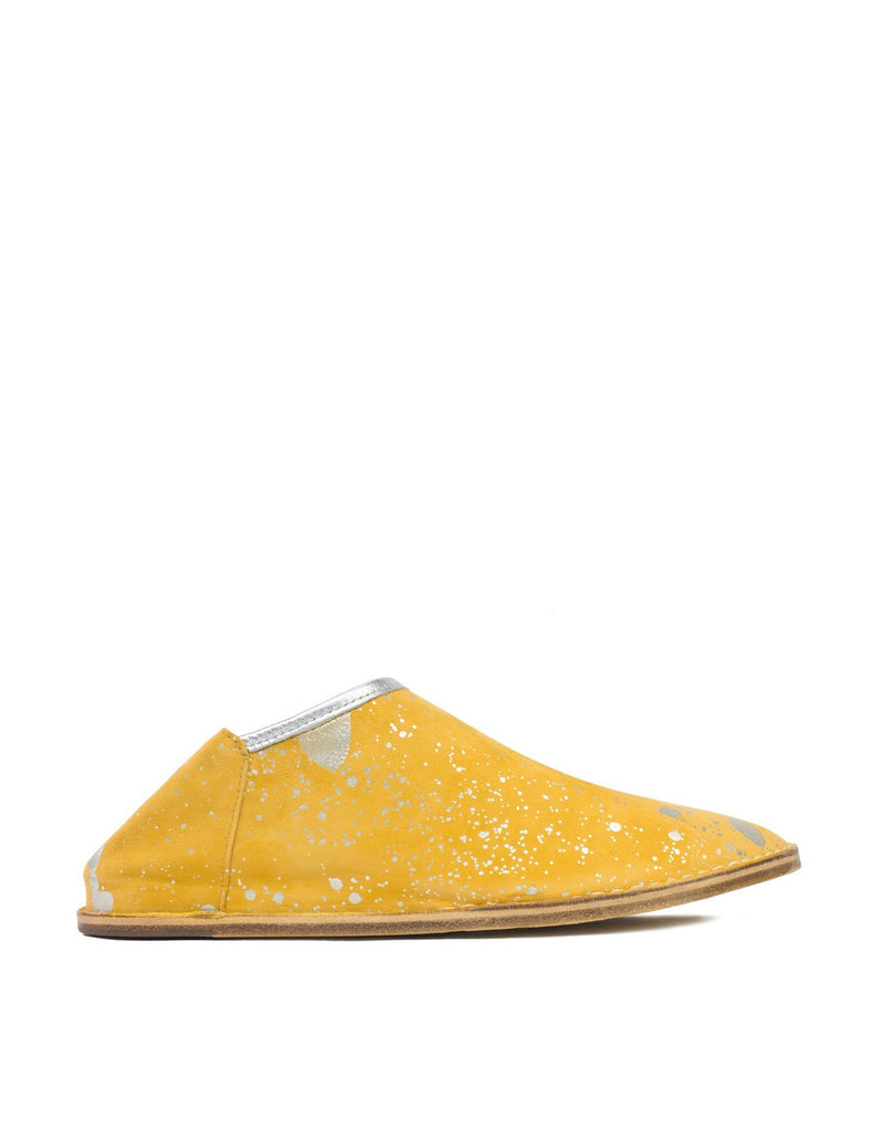 Designer leather slipper with internal wedge in yellow. A modern day babouche with internal padding.
