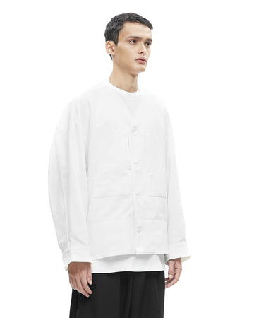 OFF WHITE HUNCHED BACK WITH DUAL-PURPOSED POCKET