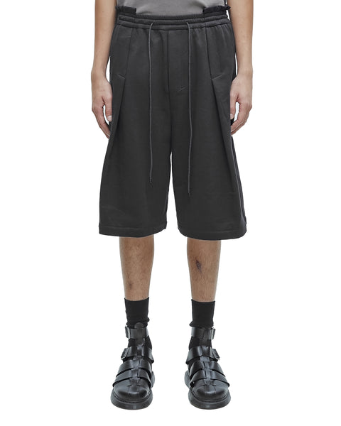 BLACK DECONSTRUCTED WAISTBAND SHORTS WITH REVEALED PLEATS