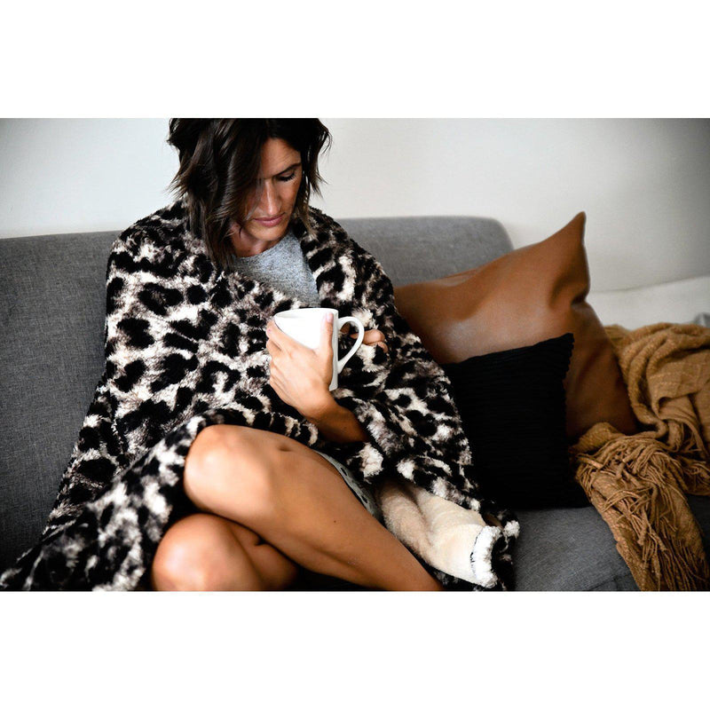 Leopard Sherpa Fleece Throw Blanket