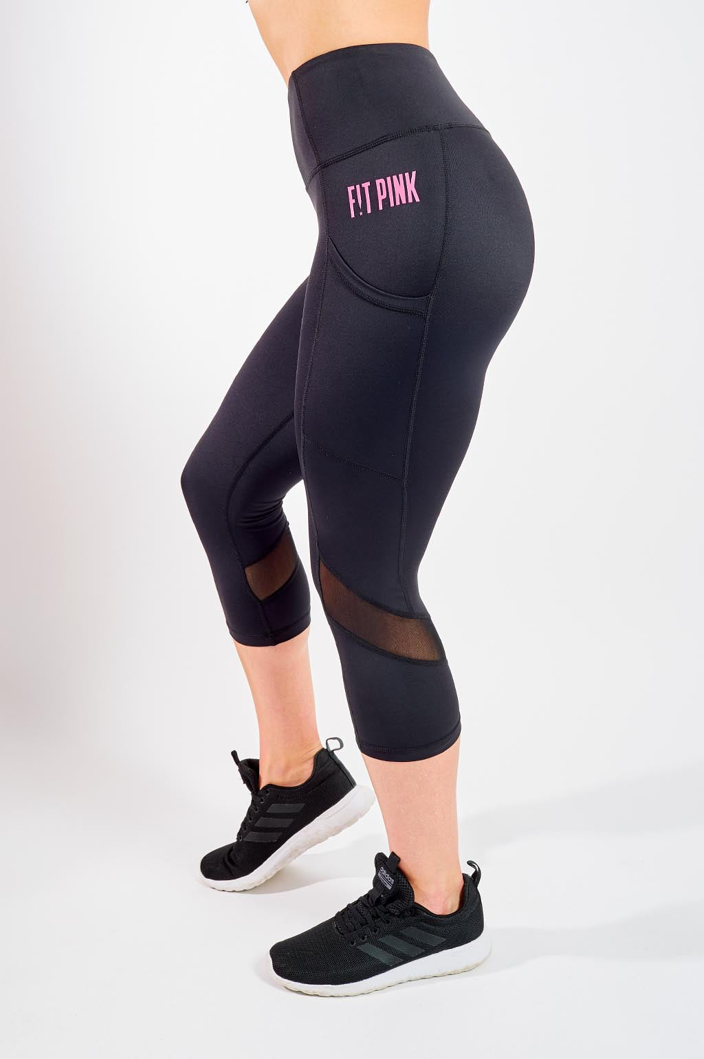 Cropped Sports Leggings with Deep Side Pockets in Black