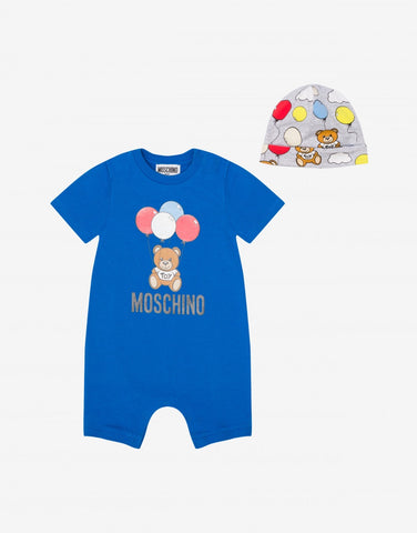 MOSCHINO ALLOVER+SAME PRINT ROMPER AND HAT GIFT SET