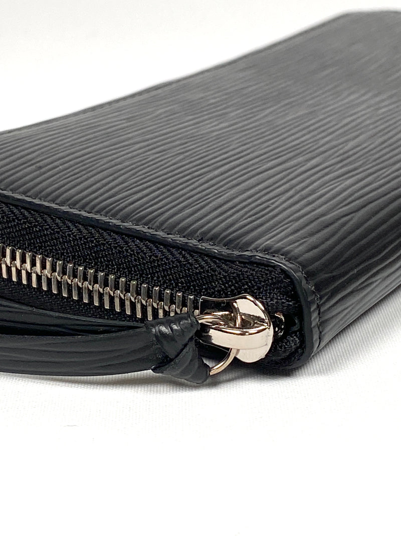 LOUIS VUITTON - CLEMENCE WALLET IN BLACK EPI LEATHER