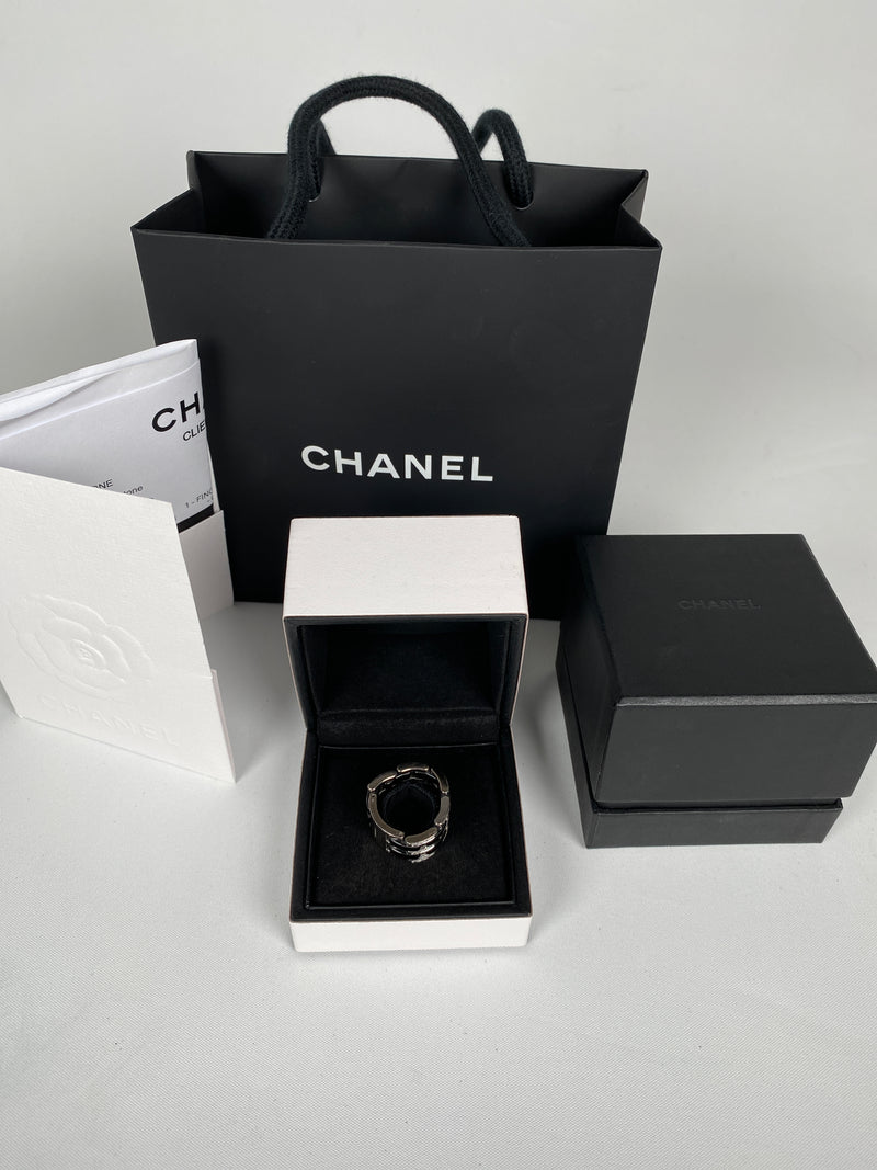 CHANEL - ULTRA RING LARGE VERSION 18K WHITE GOLD WITH DIAMONDS CERAMIC J2639  - SZ T55