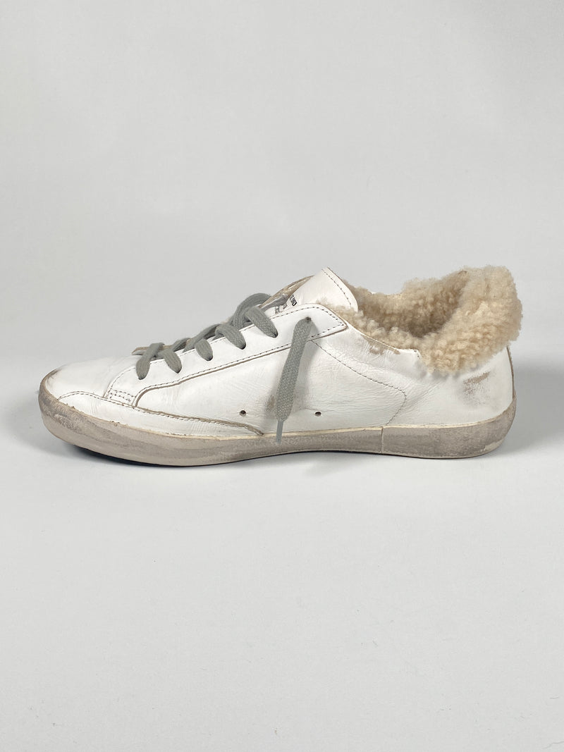 GOLDEN GOOSE - WHITE SHEARLING SUPERSTAR SNEAKERS - SZ 39