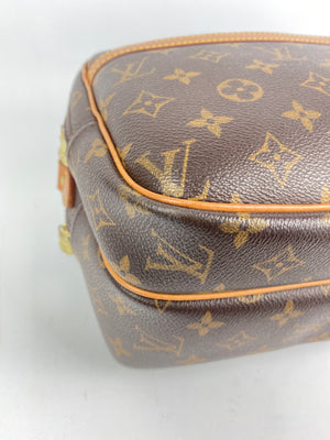 LOUIS VUITTON - REPORTER PM IN MONOGRAM CANVAS