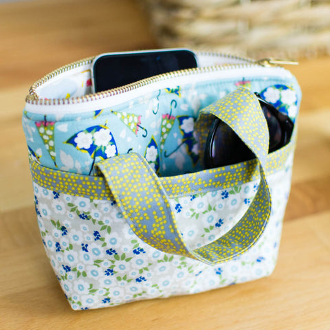 Tiny Bag by Sew Can She