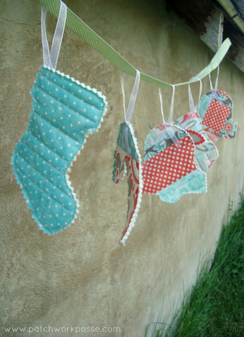 Quilt As You Go Scrappy Ornaments by Patchwork Posse