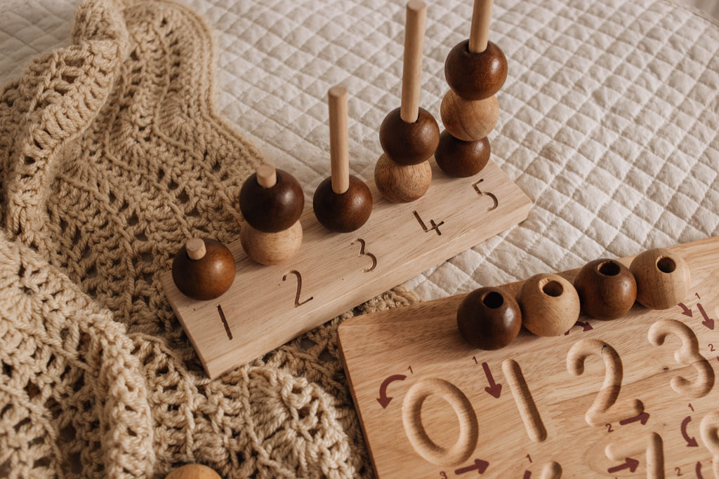 Q Toys Natural Wooden Counting Balls Toy